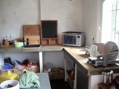 l 39 autre cot de cette cuisine constructions d cologique. Black Bedroom Furniture Sets. Home Design Ideas