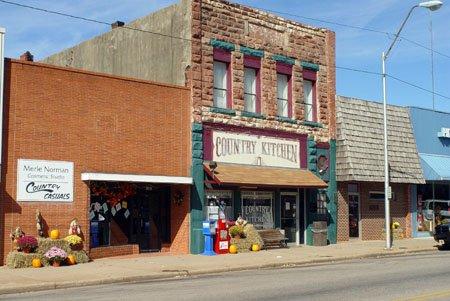 """Le """"H&S Theater"""" et le """" Granny's country kitchen"""" à Chandler"""