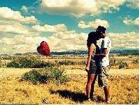 - L'amour c'est nul, mais tellement bien quand on tombe sur la bonne personne ♥ .