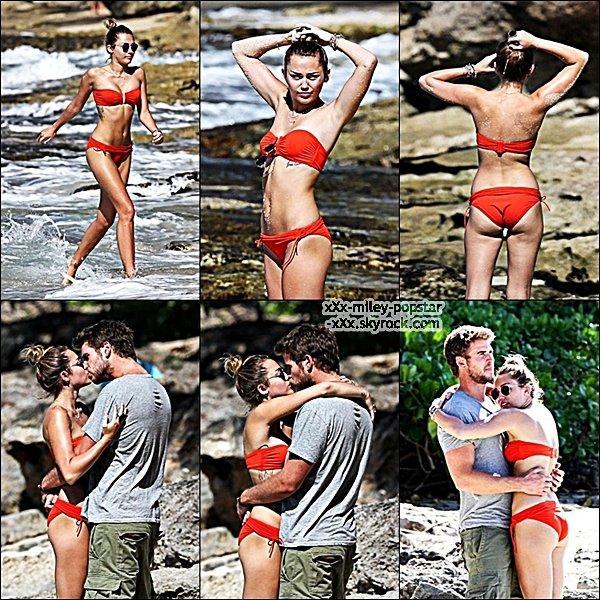 . ⁂ 30.12.11 :Miley & Liam a attrapé un peu de crème glacée ensemble, au cours de leur visite à Hawaï⁂  .