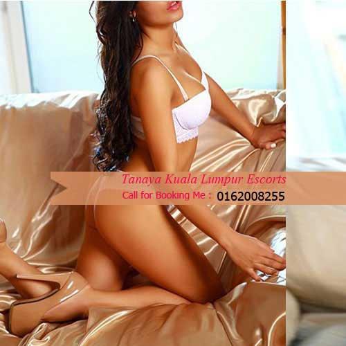 KL Model Punjabi Indian Call Girls / 0162008255 / Escorts Kuala Lumpur Berjaya Times Square Hotel in (Malaysia)