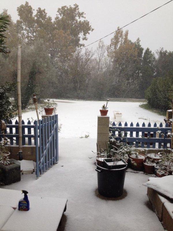 il neige a Istres et dans la region 13