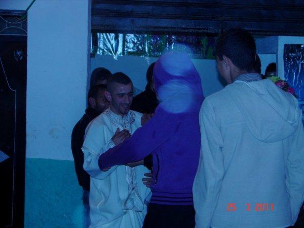Rojo MOLAY solTAN  XHAR  3  FIH  25  2011