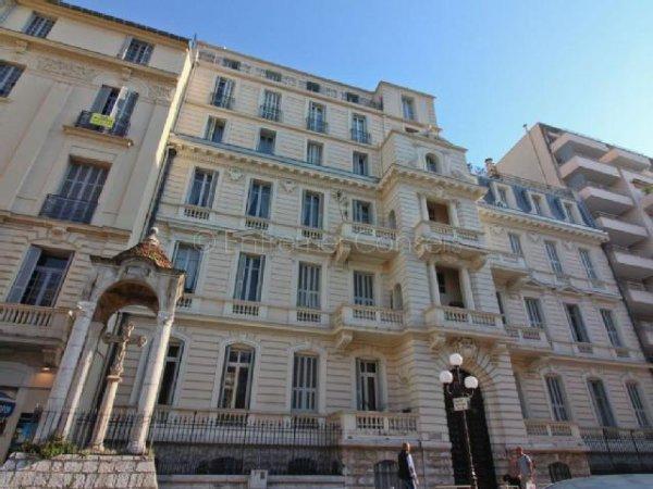 Chapitre 49: Les Beaux Quartiers