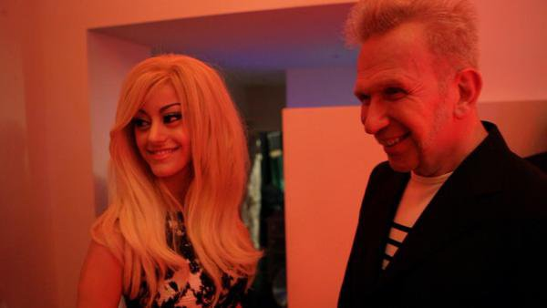 ZAHIA DEHAR et Jean Paul Gaultier