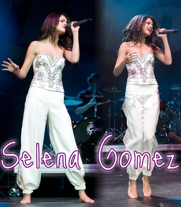 Selena Gomez a bien les pieds sur terre !