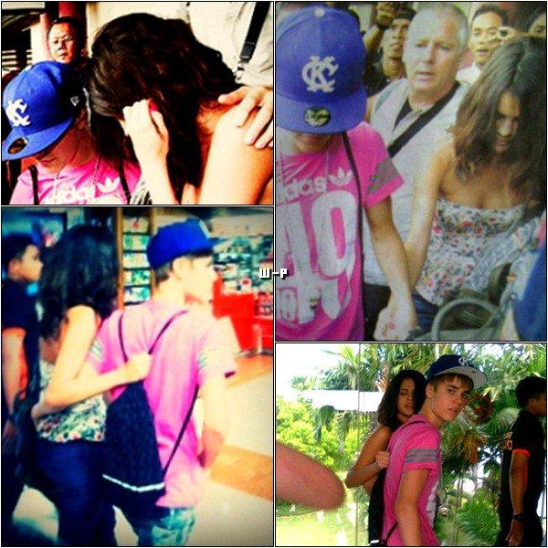 22 Avril > Jelena étaient à l'aéroport en Indonésie. ♥