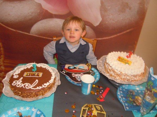 ...Joyeux anniversaire à mon Loulou !...