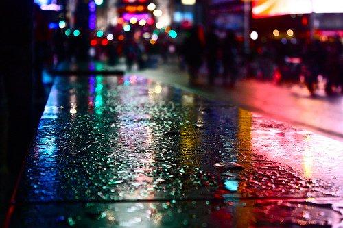 «C'est difficile de partir quand on veut rester, de rire quand on veut pleurer. Mais surtout de faire une croix sur les personnes qu'on a trop aimées.» James Blunt - Goodbye my Lover