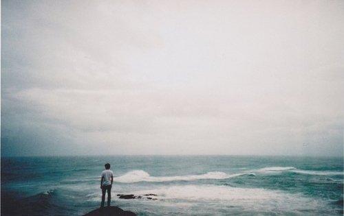 «De tous les maux, les plus douloureux sont ceux que l'on s'est infligés à soi-même.» Sophocle, ¼dipe Roi