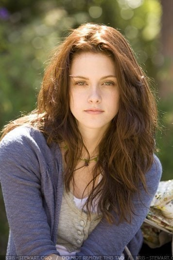 Bella Swan (l)