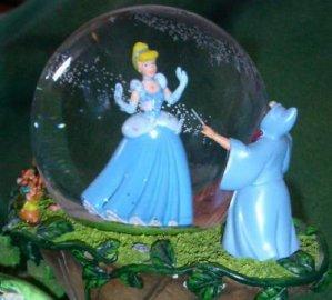 braderie de lille 2007 - snow globe - cendrillon