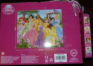 Disney Store - coussin, puzzle