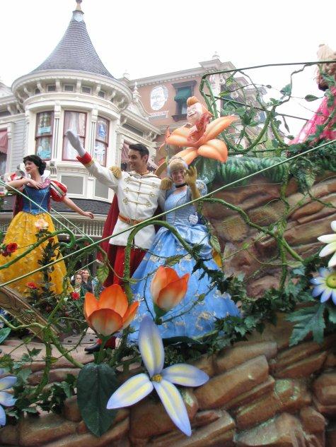 Disneyland 3 octobre 2010 - Cendrillon et son prince