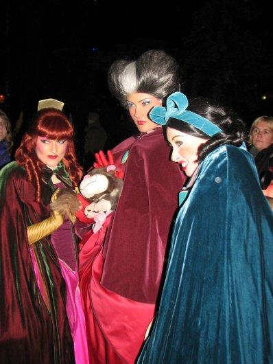 Disneyland 15 octobre 2010 - Anastasie, Javotte, Lady Trémaine, Lucifer