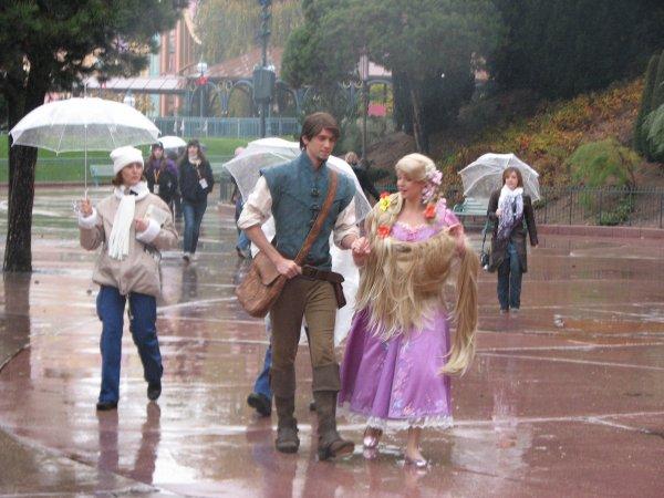 Disneyland 7 novembre 2010 - arrivée de Raiponce et Flynn