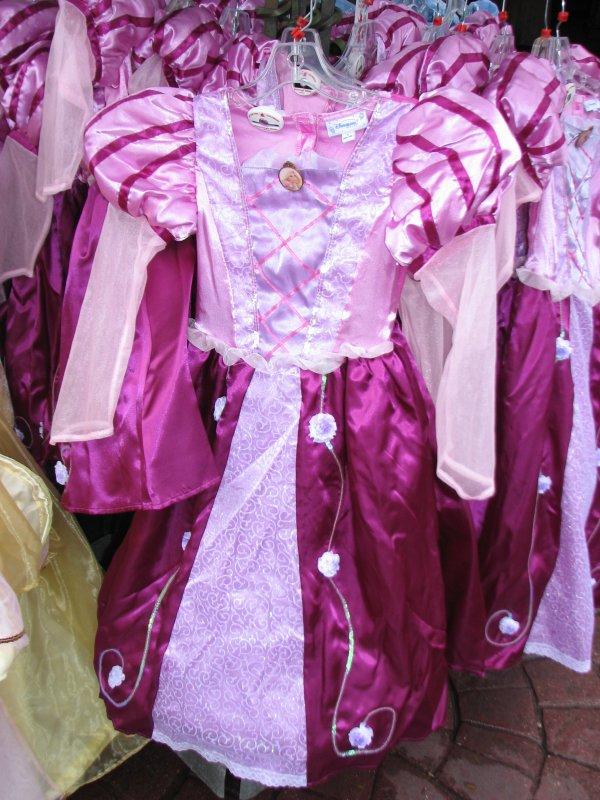 Disneyland 7 novembre 2010 - costume Raiponce