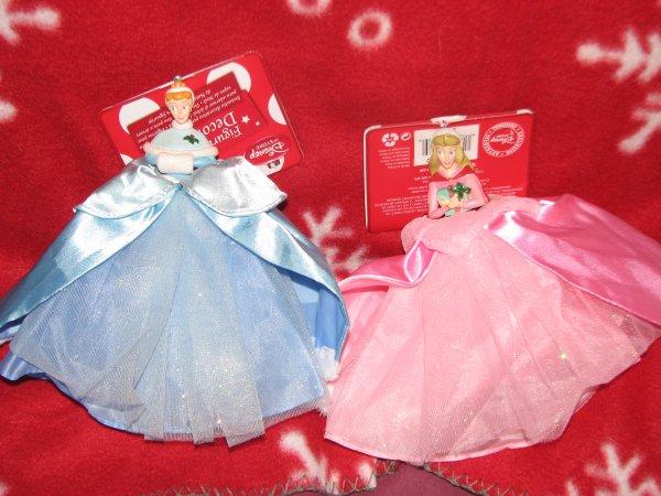 Disney Store - Déco de Noël Aurore et Cendrillon