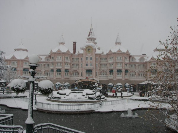 Disneyland 19 décembre - arrivée sous la neige