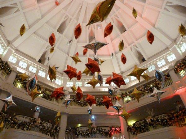 Disneyland 31 décembre 2010 - ballons DLH