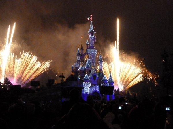 Disneyland 31 décembre 2010 - Chateau feu d'artifice