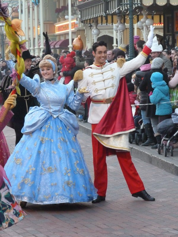Disneyland 30 janvier 2011 - Cendrillon et son prince