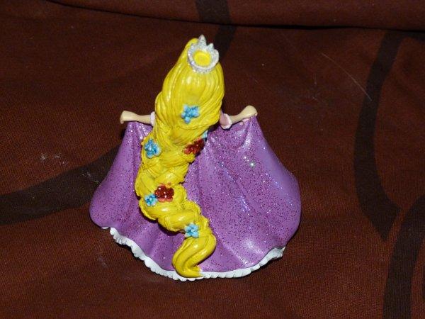 Disneyland 6 février 2011 - Raiponce figurine