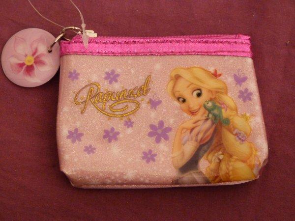 Disney Store - boite à musique pin's porte monnaie / collection Meiko / Pascal