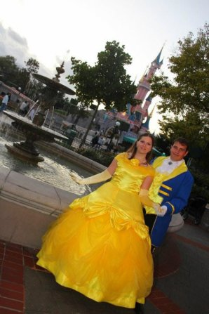 Disneyland 7 octobre 2011 - costumes Belle