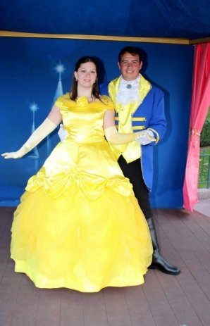 Disneyland 7 octobre 2011 - costumes Belle et Adam