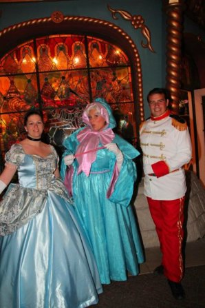 Disneyland 14 octobre 2011 - Costumes Cendrillon