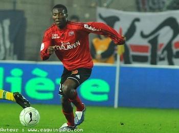 France NAT: Gueugnon # Guingamp: 1-2  Mouri a encore marqué