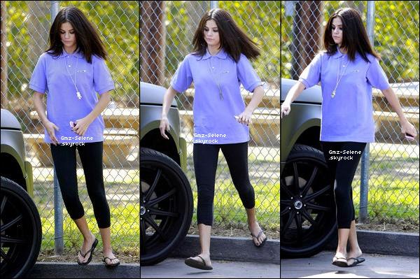 . 21.09.2011 : ____________ Selena était au zoo à Los Angeles avec Justin Bieber. ___________________Qu'en penses-tu ?.. .