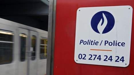 Le Mrax dénonce une agression raciste de la police à Bruxelles.