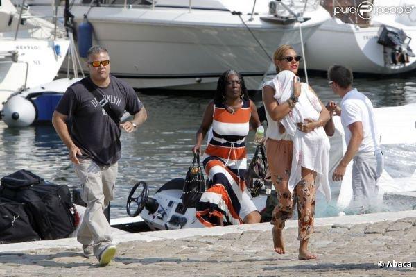 Beyoncé en vacance en côte d'Azur avec son mari et blue yvi