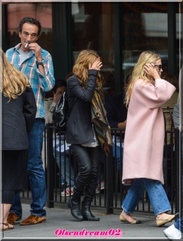 29 Septembre 2012: Olivier Sarkozy a déjeuné avec sa petite amie Kate Olsen Mary et sa s½ur Ashley Olsen Sant Ambroeus dans le West Village, à New York.