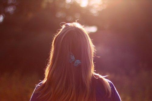 J'avais décidé de me retirer de l'amour comme on fait ses adieux à la scène.  Fatiguée de jouer toujours le même rôle.