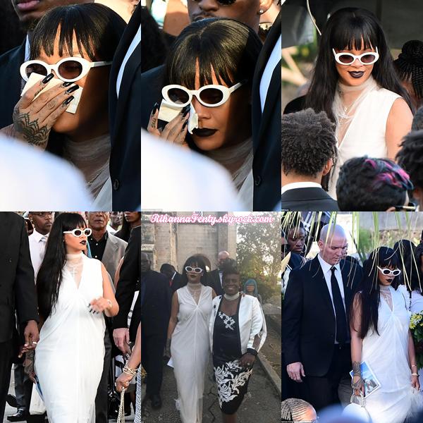 - 09/01/2018 : Rihanna a été photographiée aux obsèques de son cousin Tavon Kaiseen Alleyne à La Barbade.-