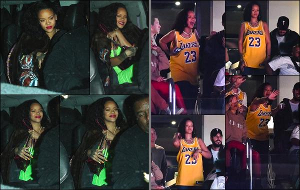 - 19/02/2019 : Rihanna a été photographiée alors qu'elle quittait le restaurant « Wally's », à Beverly Hills. Deux jours après, Rihanna a été photographiée alors qu'elle était au match des Lakers vs Rockets avec des proches, à Los Angeles ! -