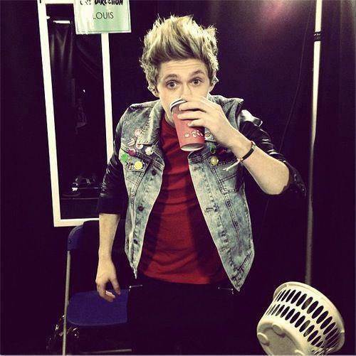 Niall Horan (l)