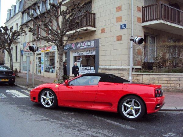 Ferrari 360 modena spider ( pas sur )