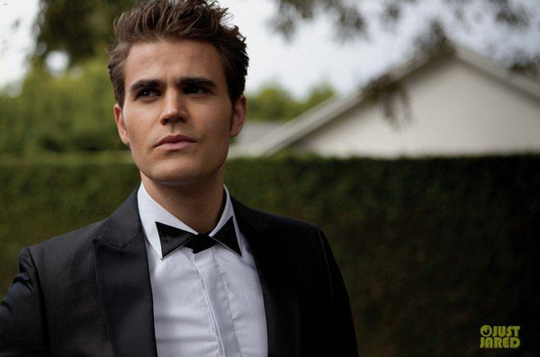 "Paul Wesley pour ""August Man Magazine"""
