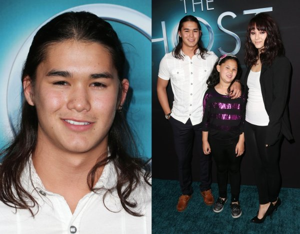 "Stephenie Meyer,Booboo Stewart & Christian Serratos à l'avant première de ""The Host"""