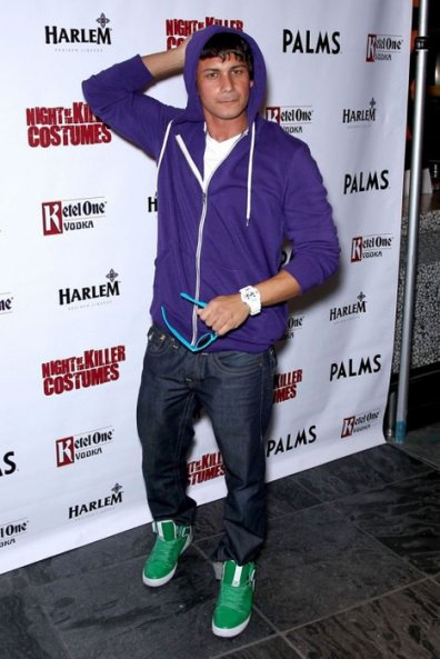 Pauly D, Le célèbre DJ dans Jersey Shore admet son addiction pour Bieber.