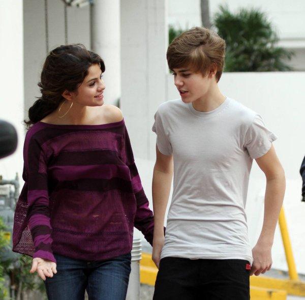 Justin envoit ... des fleurs à Selena :) Exclusivité Justinbieber-Life.sky !