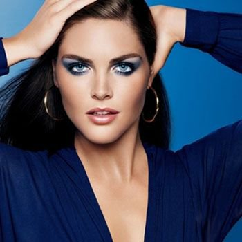 Misty blue Eye Makeup Tips for Evening Parties