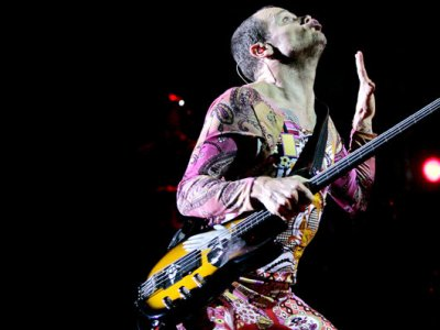 Flea voted as 7th greatest bassist of all time