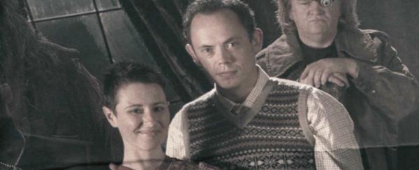 Neville communiquerait avec ses parents