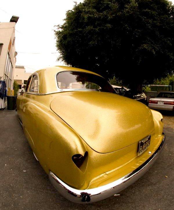 Kat von d : Chevrolet Deluxe personnalisée.