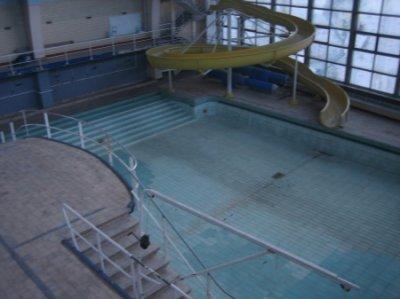 La piscine de la sauveni re insolites etranges reels for Piscine abandonnee